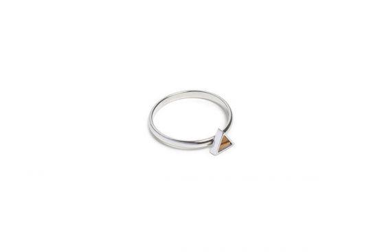 Lini Triangle Ring
